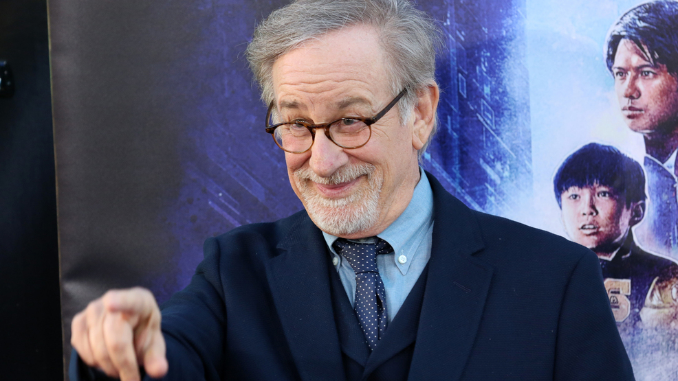 Steven Spielberg to direct his first comic book movie