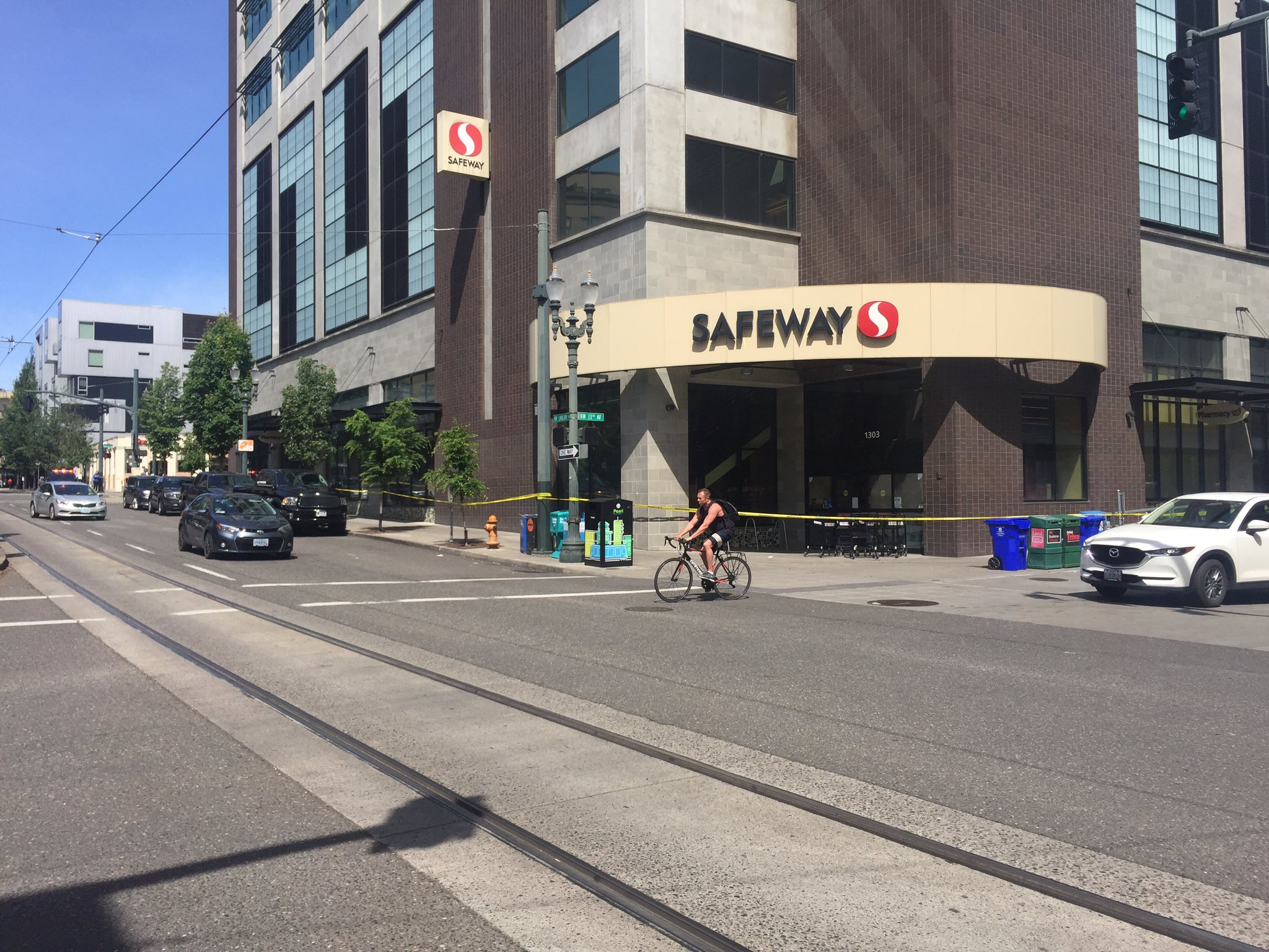 Portland Police Bureau responded to an officer-involved shooting inside The Lovejoy building in Portland's Pearl District on June 9, 2019. Photo by Keaton Thomas{ }