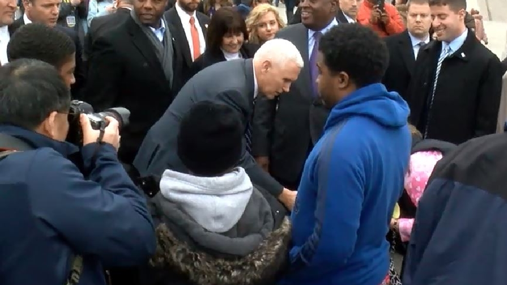 VP-elect Mike Pence visits Martin Luther King Jr. Memorial
