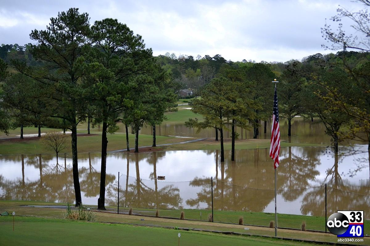 Heavy rains caused the Cahaba River to overflow, flooding Altadena Valley Country Club in Birmingham, Ala., Monday, April 7, 2014.