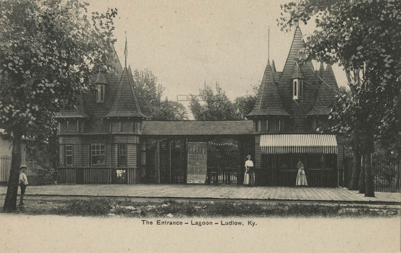 Just west of the final streetcar stop on the Ludlow Line, at Laurel & Park Streets, was the castle-like entrance to Ludlow Lagoon, which welcomed as many as 11,000 visitors in a single day. / Image courtesy of the Cincinnati postcard collection via the Greater Cincinnati Memory Project of the Public Library of Cincinnati and Hamilton County // Published: 6.5.19
