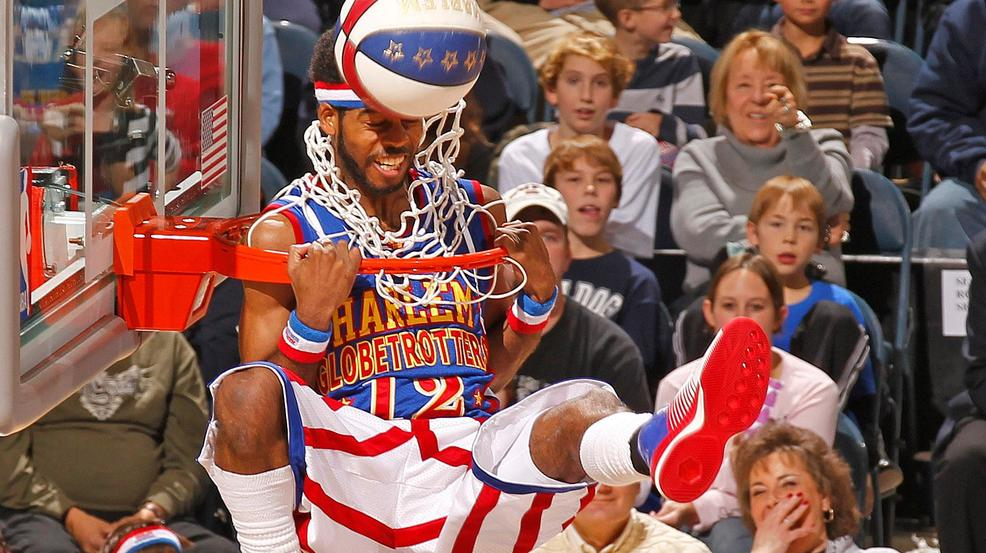 The Harlem Globetrotters entertain fans at the Bradley Center in Milwaukee, Friday, Dec. 31, 2010.