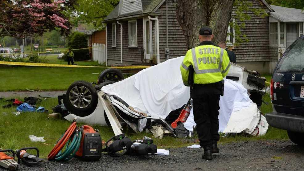 Car Crash Massachusetts  Kids Dead