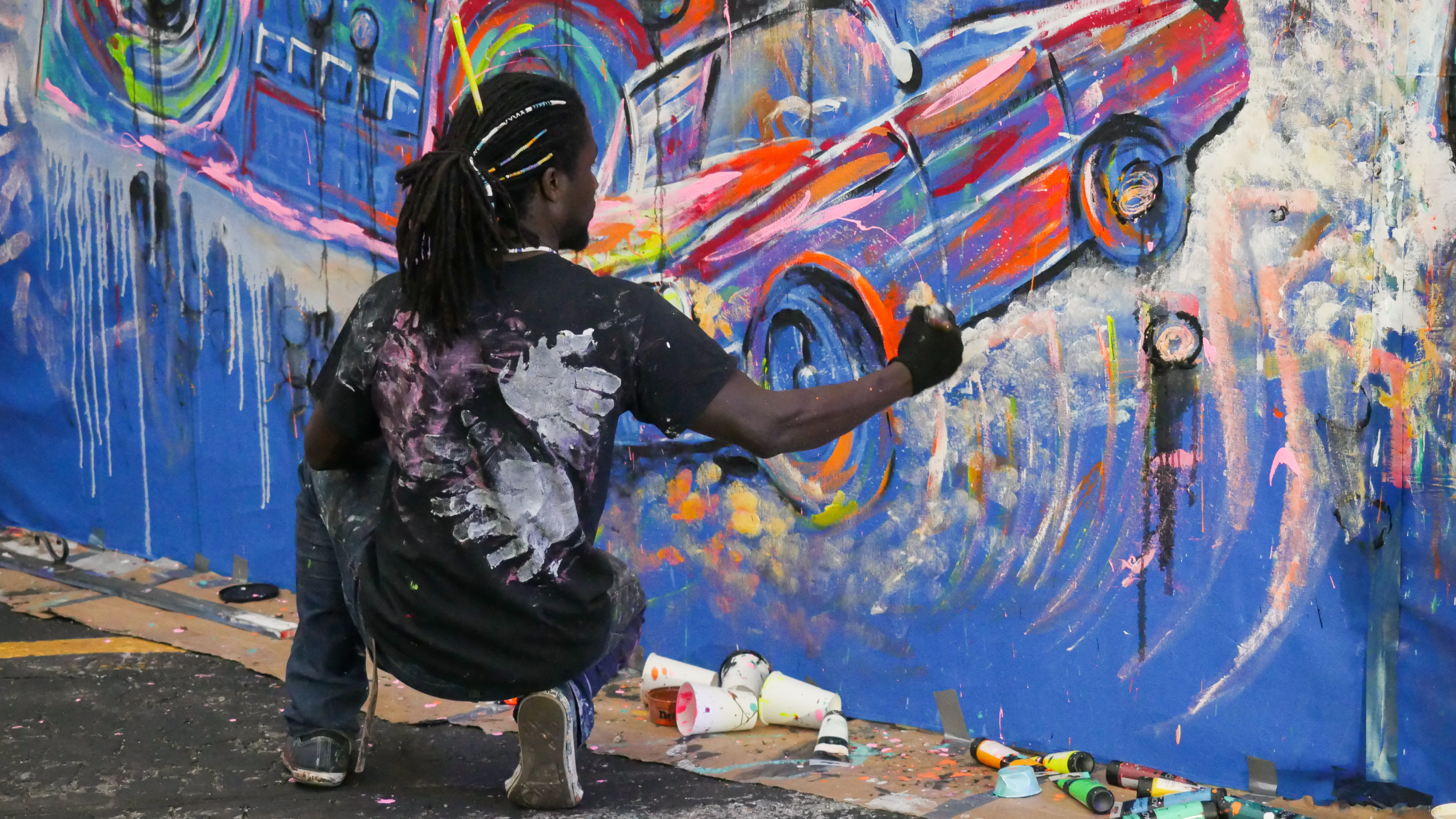 Art Collective performing a live art demonstration during the IgNight Market, Saturday, September 21, 2019 (WCWF/ Beni Petersen)